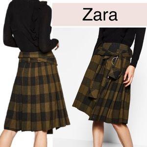 Zara Plaid Green Black Shirt Skirt Kilt zip wool M